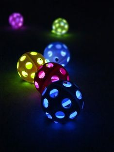 Smart School House Crafts for Kids book review and sharing of a fun project, Glow in the Dark Wiffle Balls for kids via Wait til Your Father Gets Home #kidscrafts #craftsforkids