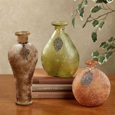 China Clear Glass Flower Vases In Different Designs And Sizes For