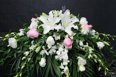 A beautiful lily and rose casket spray Funeral Flower Arrangements, Funeral Flowers, Floral Arrangements, Funeral Sprays, Casket Sprays, Cemetery Flowers, Sympathy Flowers, Calla Lily, Flower Power