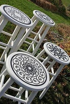 Love this idea! Now I need to find a bar stool to do this on! Uppercase Living has some really cool medallions that would be awesome! maybe RED glossy stools with black stencil paint? Hand Painted Furniture, Funky Furniture, White Furniture, Paint Furniture, Bar Furniture, Repurposed Furniture, Furniture Projects, Furniture Makeover, Bedroom Furniture