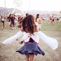 Putting together your last minute Coachella outfits? If you're flocking to the desert this festival we've got your wardrobe covered. Coachella Festival, Festival Stil, Festival Looks, Festival Outfits, Festival Fashion, Coachella 2016, Festival 2016, Outfits 2016, Fashion Outfits