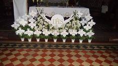 Centerpieces, Table Decorations, First Communion, Confirmation, Zine, Holi, Home Decor, Church Altar Decorations, Church Flowers