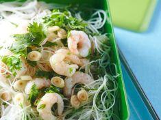 Avec les lectrices reporter de Femme Actuelle, découvrez les recettes de cuisine des internautes : Vermicelles de riz aux crevettes et au lait de coco