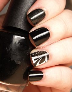 Black and White Water Marble Accent Manicure by The Nailasaurus