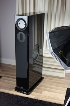 HRS52DSP zijkant Audiophile Speakers, Monitor Speakers, Bookshelf Speakers, Stereo Speakers, Bluetooth Speakers, Floor Standing Speakers, Speaker Box Design, At Home Movie Theater, Audio Design