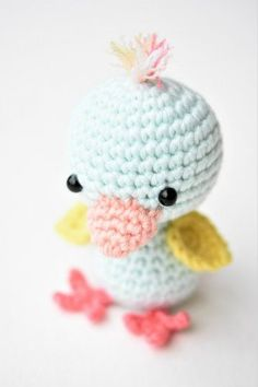 These cute Crochet Amigurumi Pig Free Patterns can help make special friends for them. Crochet Doll Toy, Crochet Animal for Kids. Crochet Birds, Easter Crochet, Cute Crochet, Crochet Animals, Crochet Dolls, Crochet Yarn, Amigurumi Free, Amigurumi Patterns, Crochet Patterns