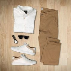 When you don't know what to wear, you think simple :sunglasses::athletic_shoe:  Shirt: @jachsny   Pants: @nonationality07   Sneakers: @koiocollective   Glasses: @felloeyewear   Watch: @f.steen_design #flatlay #flatlays #flatlayapp www.theflatlay.com