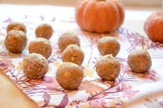 Pumpkin Pie Energy Balls | The Housewife In Training Files