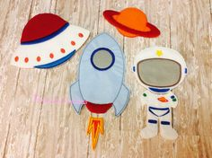 Hey, I found this really awesome Etsy listing at https://www.etsy.com/listing/222623753/space-ship-felt-paper-doll-astronaut