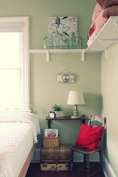 We should put a shelf all the way around in William's room....great storage idea!
