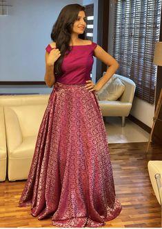 Long Skirt Top Designs, Long Skirt And Top, Long Dress Design, Indian Fashion Dresses, Indian Gowns Dresses, Indian Designer Outfits, Lehenga Saree Design, Lehenga Designs, Saree Blouse Designs