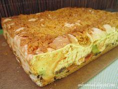 Obżarciuch: Kruche ciasto z rabarbarem i pianką budyniową