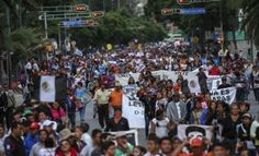 Este jueves, en que el presidente Enrique Peña Nieto dará a conocer su cuarto Informe de gobierno, maestros de la Coordinadora Nacional de Trabajadores de la Educación (CNTE) tienen previstas varias movilizaciones en el país. Los profesores anunciaron que marcharán tanto en la Ciudad de México como en Oaxaca, Chiapas, Michoacán, Guerrero y otros estados […]