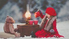 Hot Tea with my Teddy Bear Christmas Tea Party, Christmas Mood, Christmas Minis, Outdoor Christmas, Family Christmas, Illustration Noel, Christmas Portraits, Christmas Mini Sessions, Foto Baby