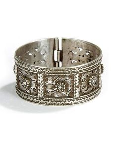 Algeria | Silver bracelet from the Aures | Late 19th century | Sold