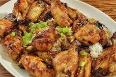 El pollo al ajillo es una de las recetas más tradicionales de nuestra cocina. Aprender a cocinar esta sencilla receta de pollo al ajillo, de una forma sencilla y sana. http://es.dawanda.com/s/tutoriales