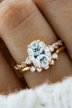 Sophisticated Vintage Engagement Rings To Prove Your Love ★ See more: https://ohsoperfectproposal.com/vintage-engagement-rings/ #nails