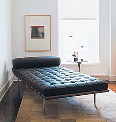 Via Archi Expo | Mies Van der Rohe Barcelona Day Bed, 1930, para el dpto de  Philip Johnson en NY.