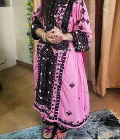 Balochi Dress, Nice Dresses, Kimono Top, Culture, How To Wear, Beautiful, Tops, Women, Fashion