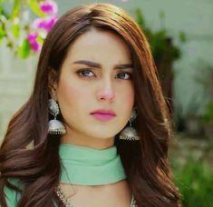 Pakistani Models, Pakistani Actress, Pakistani Outfits, Beautiful Girl Image, Beautiful Eyes, Persian Beauties, Angry Girl, Iqra Aziz, Punjabi Girls
