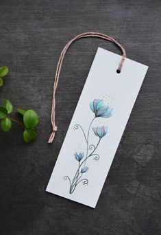 gift tags hand made Bookmarks Creative Bookmarks, Paper Bookmarks, Watercolor Bookmarks, Watercolor Projects, Watercolor Cards, Watercolor Paintings, Handmade Bookmarks, Corner Bookmarks, Watercolour