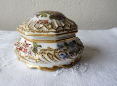 Antique Porcelain Trinket Boxes | Antique French Porcelain trinket or Jewelry Box by Choisy Le Roy of ...