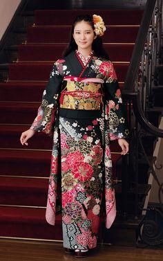 Emi Takei - Kimono Princess