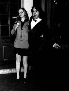 Linda Eastman-McCartney and Paul McCartney.