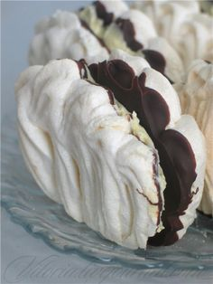 """Cake """"Shell""""- Пирожное """" Ракушка"""" Sweet World – Cake """"Shell"""" - Russian Cakes, Russian Desserts, Russian Recipes, No Cook Desserts, Cookie Desserts, Dessert Recipes, Pavlova, Mini Pastries, Pastry Shells"""