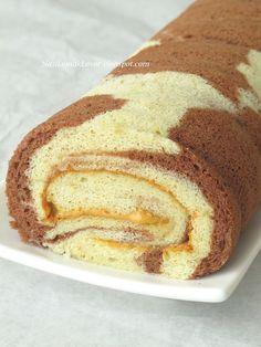Banana Swiss roll with peanut butter cream by Nasi Lemak Lover (http://nasilemaklover.blogspot.c, via Flickr