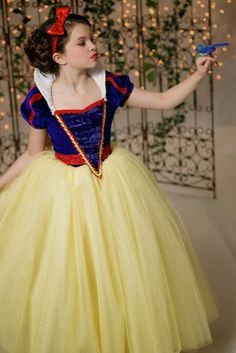 Snow White Disney Inspired Princess Gown Tutu Costume Dress by EllaDynae, Disney Princess Dresses, Princess Costumes, Disney Dresses, Girls Dresses, Princess Flower, Party Dresses, Costumes Avec Tutu, White Costumes, Snow White Costume Kids