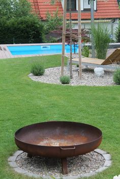Modern family garden modern garden by lemoni gartendes-Moderner familiengarten moderner garten von lemoni gartendesign modern Back Gardens, Outdoor Gardens, Fire Pit Designs, Modern Garden Design, Contemporary Garden, Modern Design, Design Your Dream House, Family Garden, Interior Garden