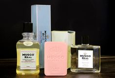 Created in 1920 for the portuguese aristocracy, the Musgo Real line is the best in its kind. Luxury for men's care!