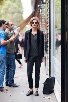 This is a timeless appearance that is perfectly acceptable for nearly all events and locations. It combines the comfort of street style with the clean lines of a more dapper visual. By adding black accents such as the sunglasses and necklaces, the lapel, the outfit is given dimension all the while looking like it was just thrown together in seconds. (from: carolinesmode.com/stockholmstreetstyle)