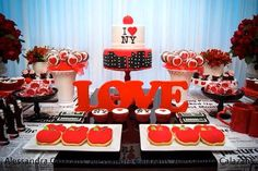 New York City Bridal Shower via Kara's Party Ideas KarasPartyIdeas.com #iloveny #iheartny #newyorkcity Cake, decor, invitation, supplies, and more! (14)