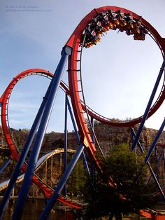 """The double-inversion Cobra Roll is part of the Superman Krypton Coaster at Six Flags Fiesta Texas. The track on this """"floorless"""" roller coaster goes upside six times during the two and half minute ride. #rollercoaster #sixflags"""