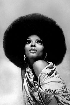From Josephine Baker's slicked-down finger waves and Diana Ross's huge Afro to Sade's signature red lip and Lupita Nyong'o's glowing skin, here are 15 images that capture the essence of beautiful black women through the years. Black Is Beautiful, Beautiful People, Beautiful Eyes, Naturally Beautiful, Beautiful Pictures, Beautiful Women, Black Girl Magic, Black Girls, Diana Ross Style