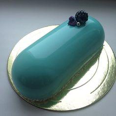 Découvrez ces magnifiques gâteaux miroirs et leur recette, venue tout droit de Russie!