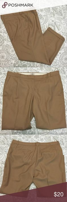 "J.Crew Wool Cafe Capri J.Crew Wool Cafe Capri EUC Size: 16 Color: Khaki Measurements when Flat: Waist: 19"" Hip: 22"" Length: 34"" Inseam: 27"" Fabric Composition: 100% Wool *Perfect for fall! J. Crew Pants Capris"