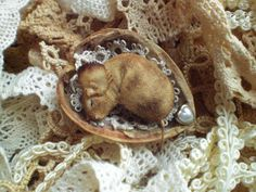 THE cutest tiny sleeping fabric mouse EVER! by: the very talented: Todolwen: