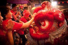 Giving angpau to The Barongsai after they perform #capgomehbogor #capgomeh #bogorstreetfestival2016 #cgm #cgmbogor2016 #barongsai #liong #streetphotography #love #colors #fun #art #streetphotography_color #streetphotographyincolors #instanusantara #instastreet #culture #streetphotographyindonesia #streetfestival #nikond90 by nur_adiyanto