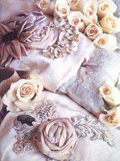Lynda Albiero Dream Pillows | Wendi Schneider