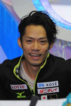 TOKYO, JAPAN - NOVEMBER 09:   Gold medalist Daisuke Takahashi of Japan poses during day two of ISU Grand Prix of Figure Skating 2013/2014 NH...