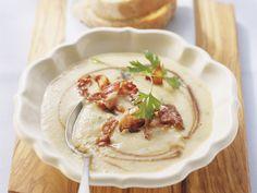 Quittencremesuppe mit Speck und Balsamico | Kalorien: 279 Kcal - Zeit: 30 Min. | http://eatsmarter.de/rezepte/quittencremesuppe-mit-speck-und-balsamico