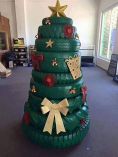 Cool Idea For An Outdoor Christmas Tree. Or Great Christmas Decor For A Man Cave Or Garage! Could even add some lights. Recycled Christmas Tree, Creative Christmas Trees, Christmas Yard Decorations, Xmas Tree, Holiday Tree, Emoji Christmas Tree, Christmas Projects, Christmas Humor, Christmas Holidays