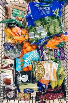 Healthy Budget Eating at ALDI plus free 30 day clean eating meal plan