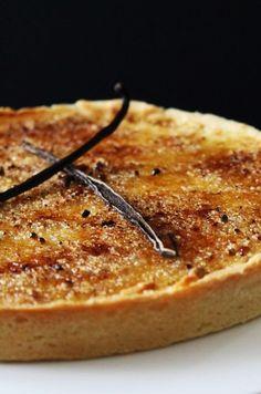 Tarte sablée à la crème brûlée vanillée et caramélisée