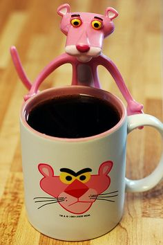 I loved Pink Panther growing up. We had a giant bean stuffed Pink Panther when I was little. I was SO upset and cried when Angel chewed it up as a puppy. I Love Coffee, Coffee Art, My Coffee, Coffee Cups, Stars Disney, Pink Panter, Café Chocolate, Cute Cups, Cool Mugs