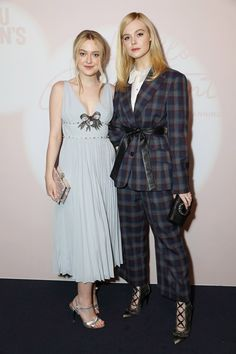 LONDON, ENGLAND - FEBRUARY 19: Dakota Fanning (L) and Elle Fanning attend the Miu Miu Women's Tales # 15 Screening at The Curzon Mayfair on February 19, 2018 in London, England. Pic Credit: Dave Benett (Foto: Dave Benett)