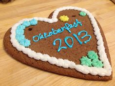 200 Gram Large German Oktoberfest Gingerbread Heart with Ribbon and Individualized Text